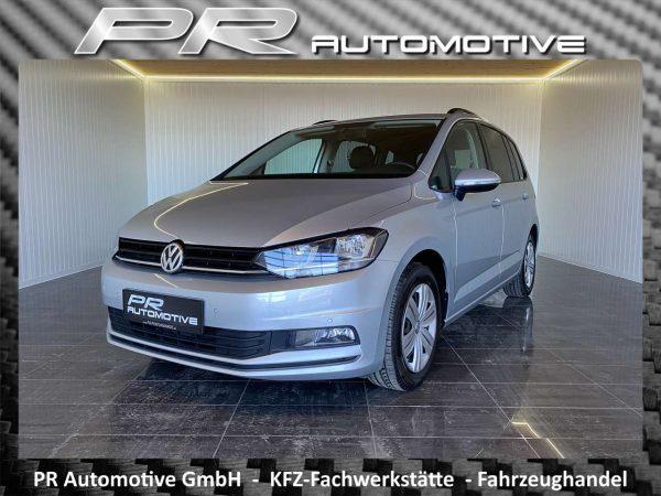Volkswagen Touran Trendline 1,6 TDI Erstbesitz*PDC*Klima*Isofix bei PR Automotive GmbH in